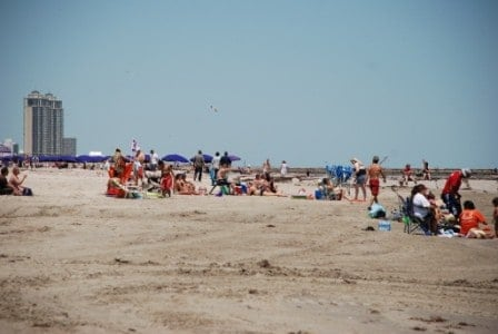 Did You Know That A Relaxing Beach Vacation Is Just One Hour Away From The City Of Houston Texas It S True Galveston Island 54 Miles Down I 45