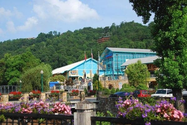 Mountain High Family Fun In Gatlinburg Tennessee The