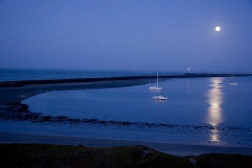 half-moon-bay-night