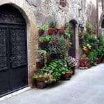 Photo Friday:  Alleyways of Pitigliano, Italy