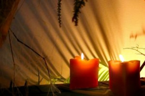 candles in spa treatment room