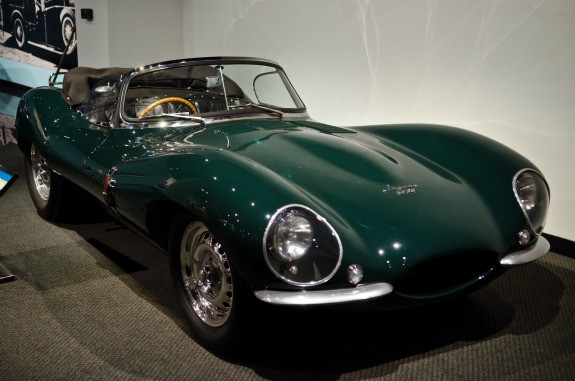 Cars In Los Angeles Petersen Automotive Museum The