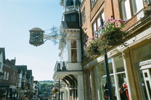 Guildford High St jutting clock High St