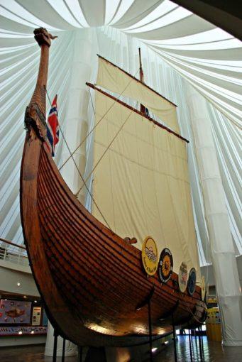 76-foot hand-built Viking ship Hjemkomst
