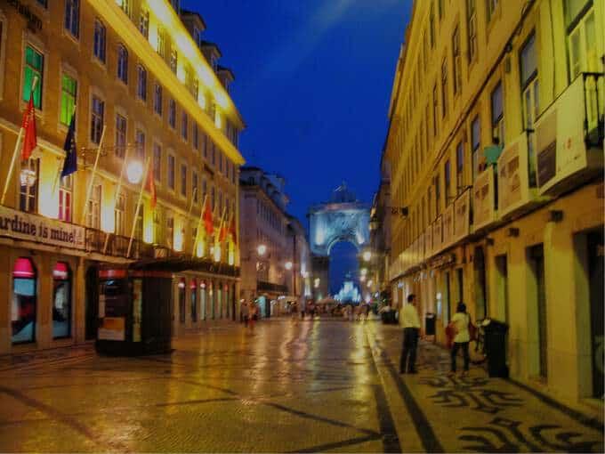 Photo Friday Lisbon At Night The Traveler S Way