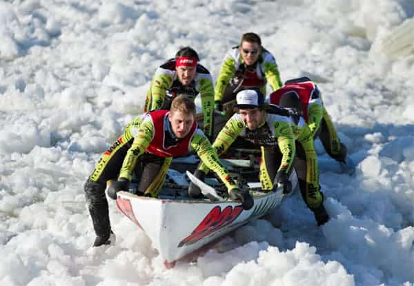 Quebec carnival canoe race