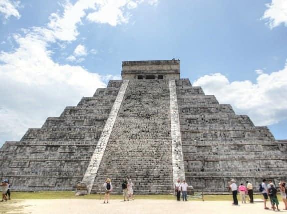 Pyramid at Chichen Itza Yucatan Peninsula Mexico