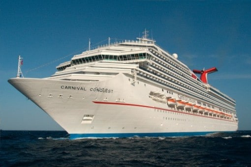 Sailing on Carnival Conquest