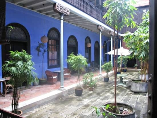 bed and breakfast and blue mansion, penang